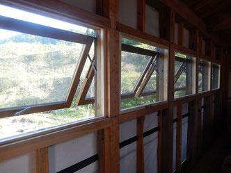 のらちん工房木製サッシ:押し出し窓
