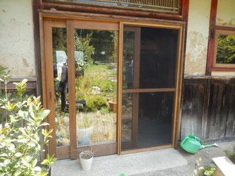 のらちん工房の木製サッシを使ったスライディングドア